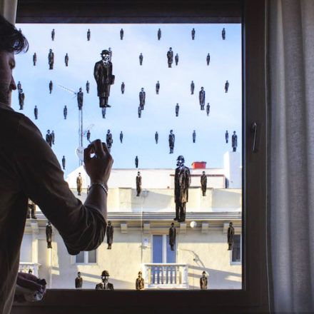OSSERVATORIO DISEGNATO: finestre aperte, pensieri spalancati in tempi di lockdown.